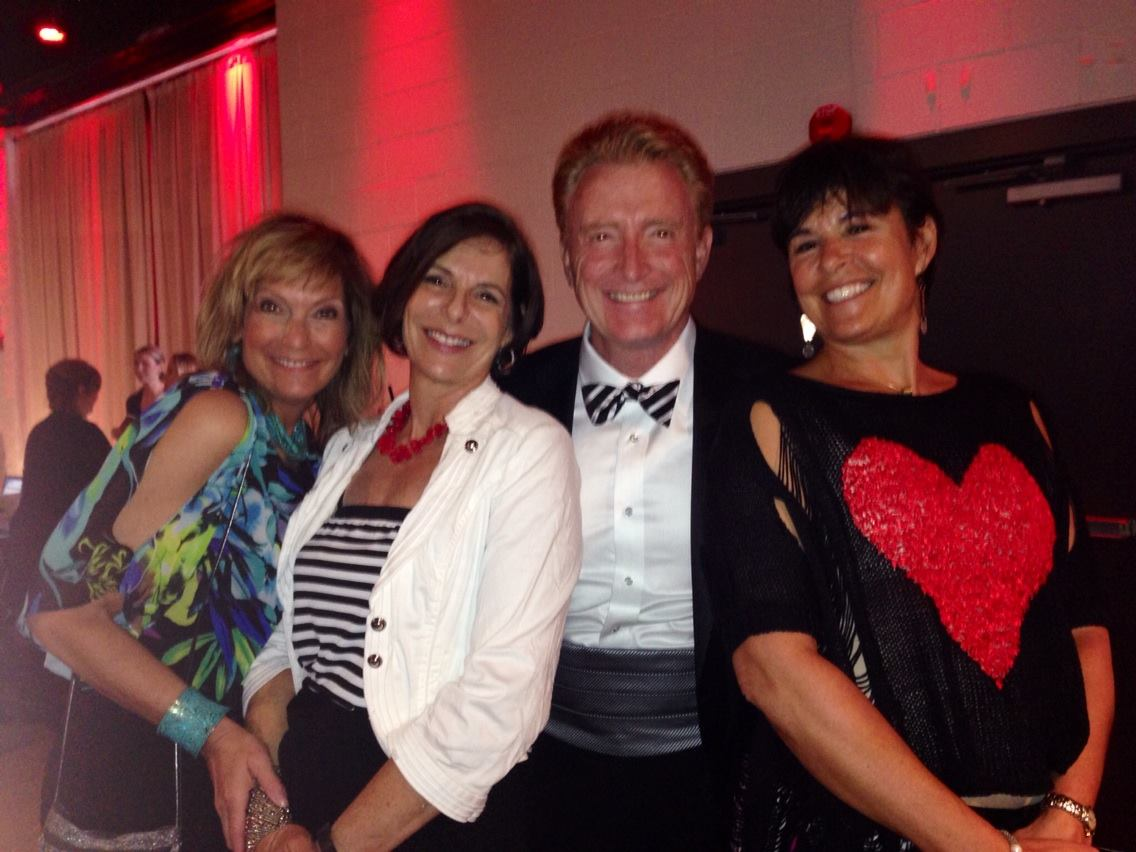 Mitzi Townshend, Cheryl Hiltzik, Mike Nelson & Nancy Alterman at Mutts and Models